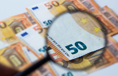 Wofür leihen sich die Deutsche gern mal Geld aus